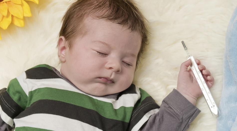 Насморк в сопровождении с температурой у грудного малыша