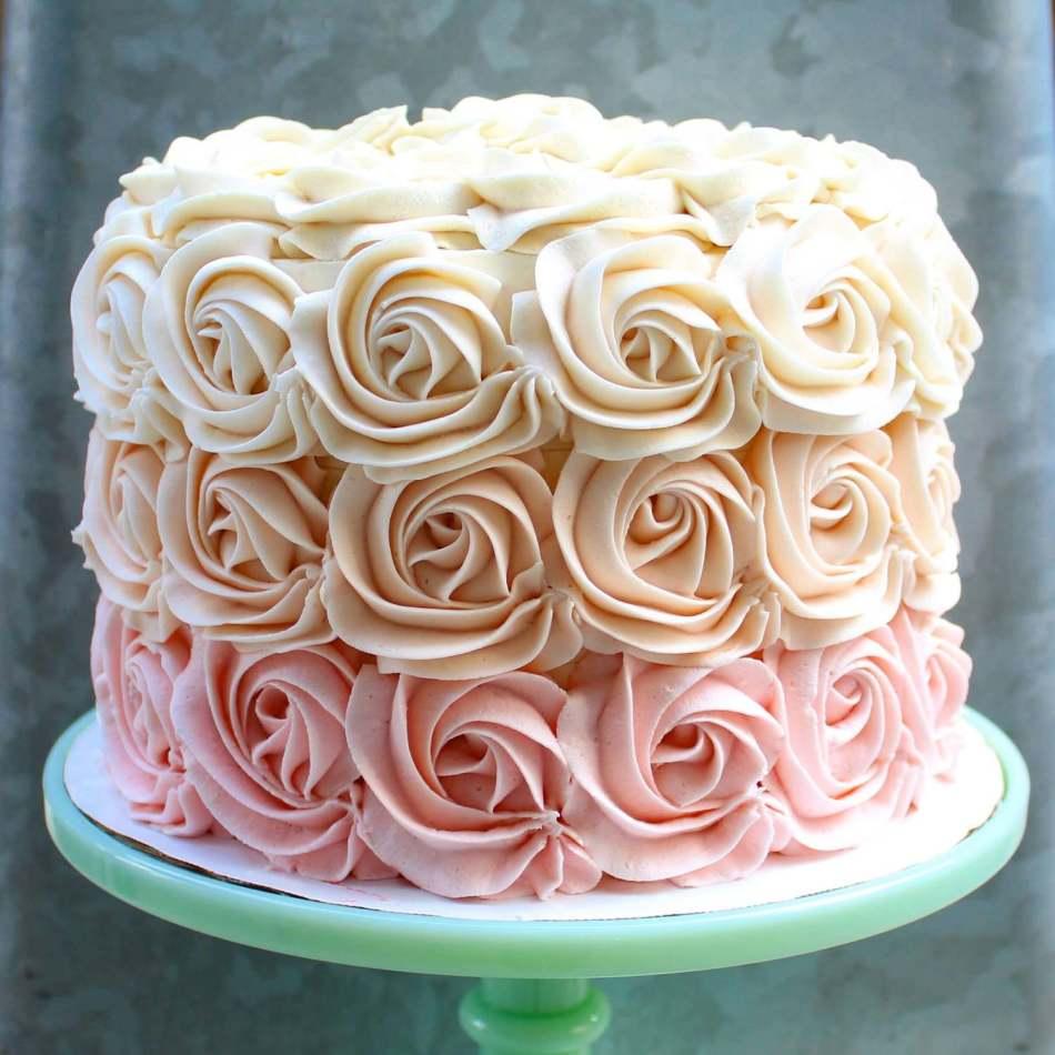 картинки тортов украшенных кремом точно оценит
