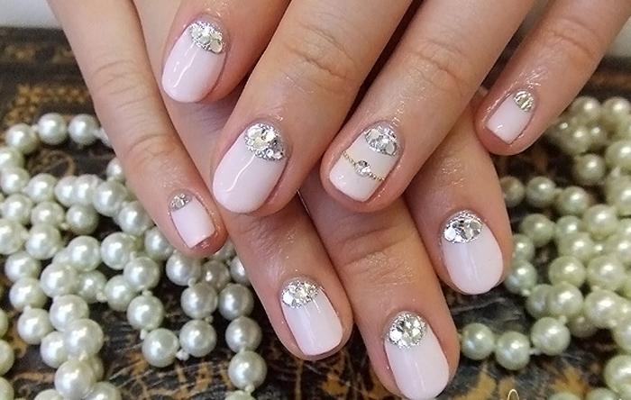 Красивый дизайн ногтей для невесты
