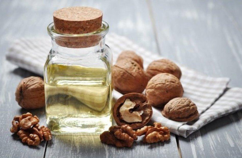Растительное масло грецкого ореха - это кладезь полезных веществ