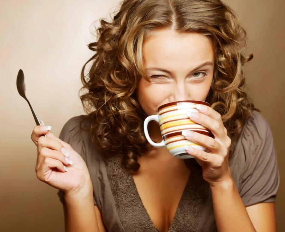 Бодрое утро с чашечкой чая