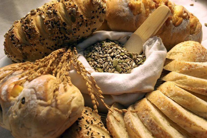 Хлеб из полезной амарантовой муки без глютена