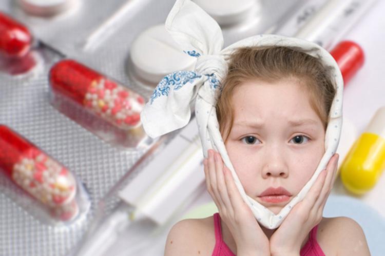 Лечение ребенка с зубной болью