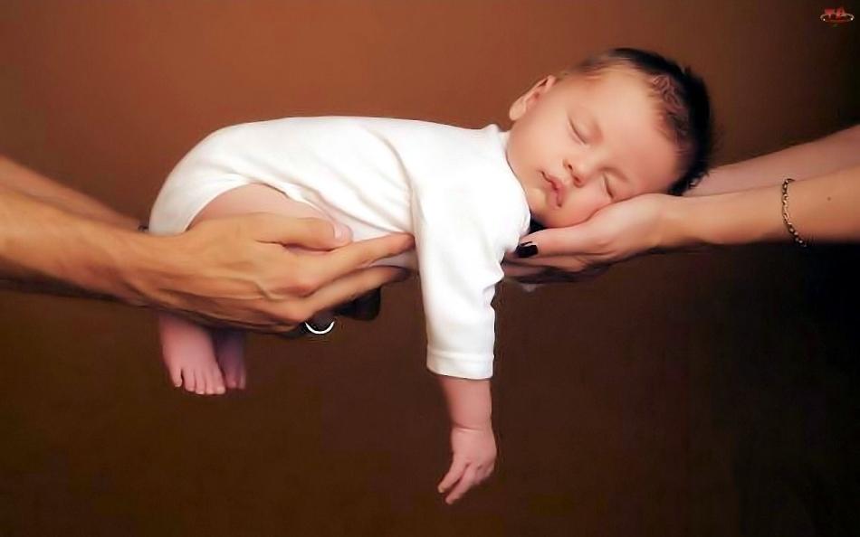 Второго ребенка рожают в благополучной семье, а не для того, чтобы семья стала благополучной.