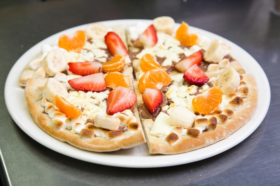 sladkaya-picca-s-tvorogom Фруктовая пицца - рецепт с фото пошагово