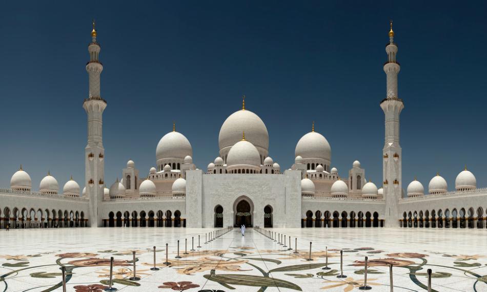 Отличие церкви от мечети