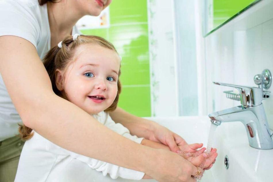 Частое мытье рук не является средством профилактики чесотки