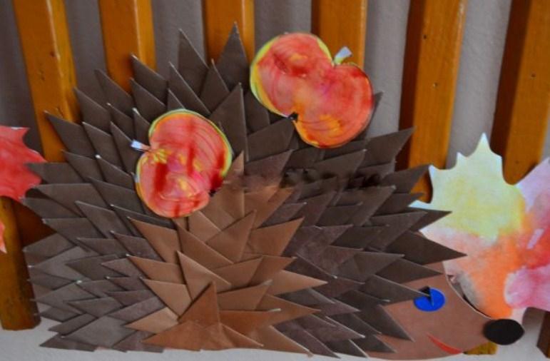 """kartonnii-ezh Аппликация из крупы для детей на тему """"Осень"""": мастер-класс с фото"""