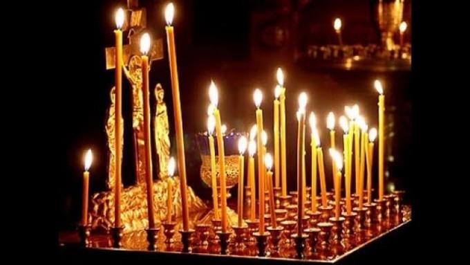 Чтобы умерший родственник не снился вам, поставьте ему свечу за упокой.