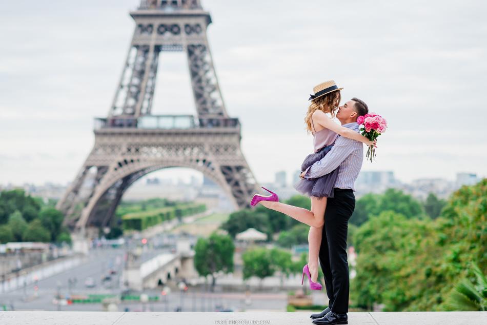 Поездка в париж - для многих девушек такой подарок является мечтой