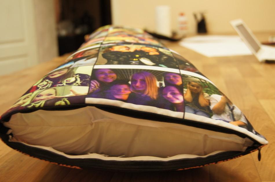 Лонг-подушка с фото - приятный памятный подарок для девушки