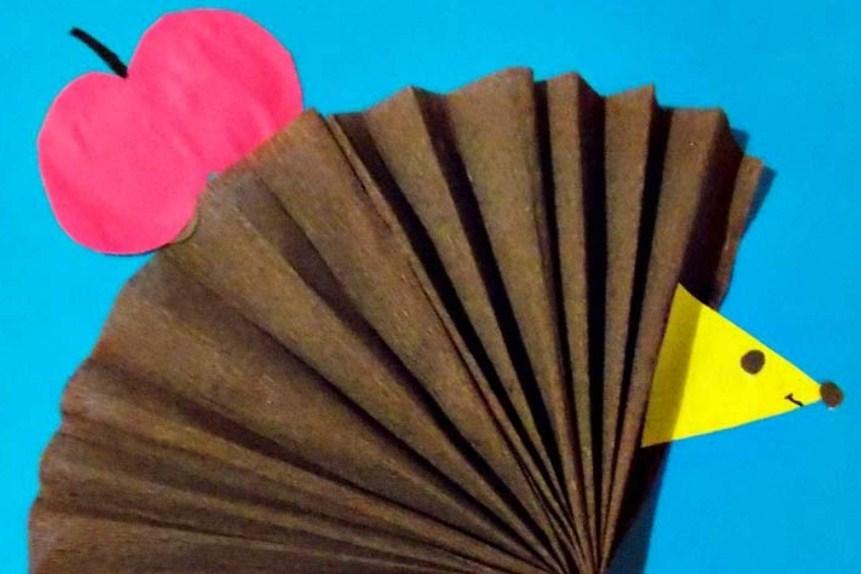 """ispolzuem-cvetnuyu-bumagu Аппликация из крупы для детей на тему """"Осень"""": мастер-класс с фото"""