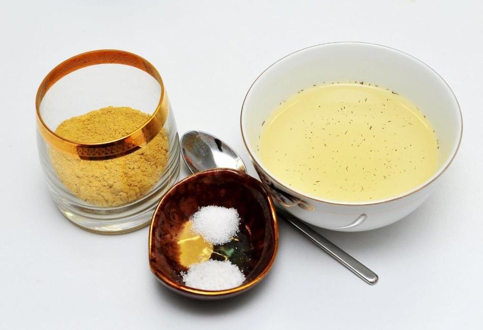 Ингредиенты для горчичной маски для волос с яйцом