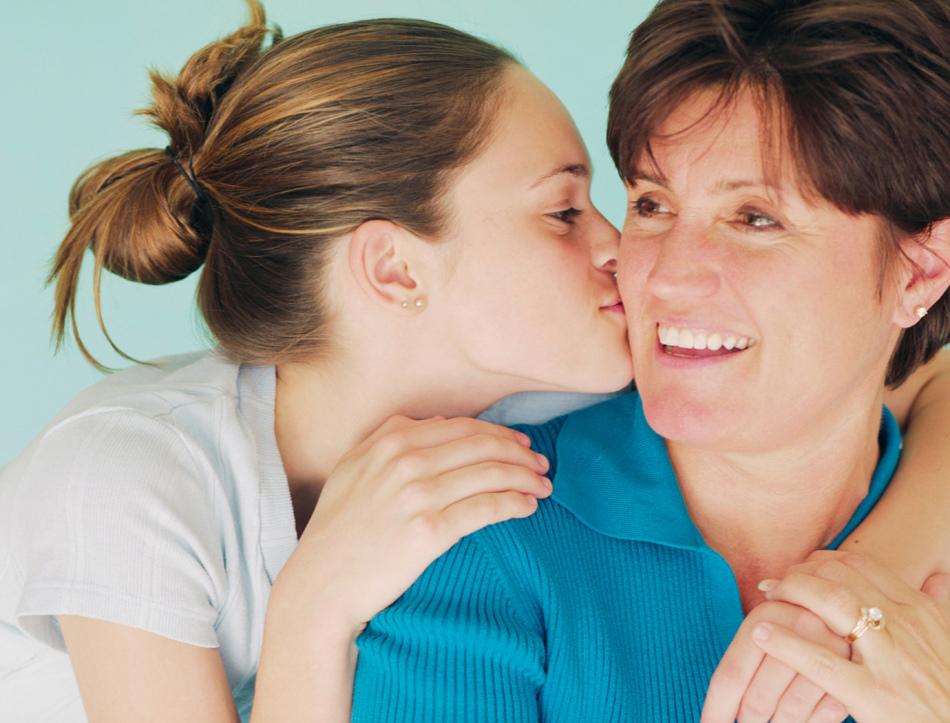 Сон целовать маму