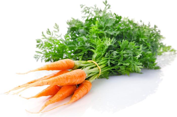 Морковь при грудном кормлении - волшебный эликсир или бесполезный оранжевый напиток?