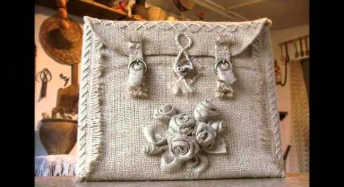 originalnie-sumki-svoimi-rukami-iz-meshkovini Сумки своими руками - выкройки для пошива из ткани или кожи