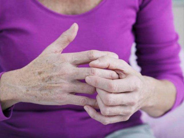 Народное лечение шишек на суставах артроз коленного сустава 2 степени-инвалидность
