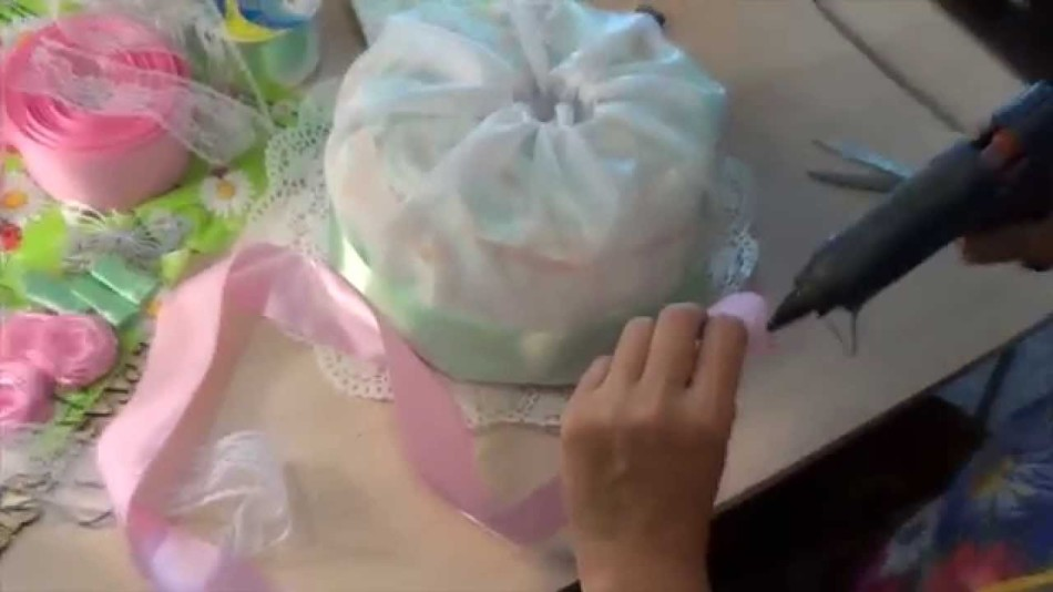 sredstva-skrepleniya-dolzhni-bit-obyazatelno Уникальный торт из памперсов