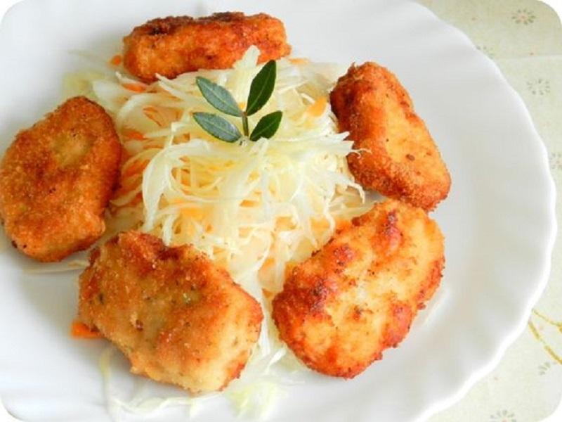 Рекомендуем данное блюдо подавать с квашено капустой или другой холодной закуской