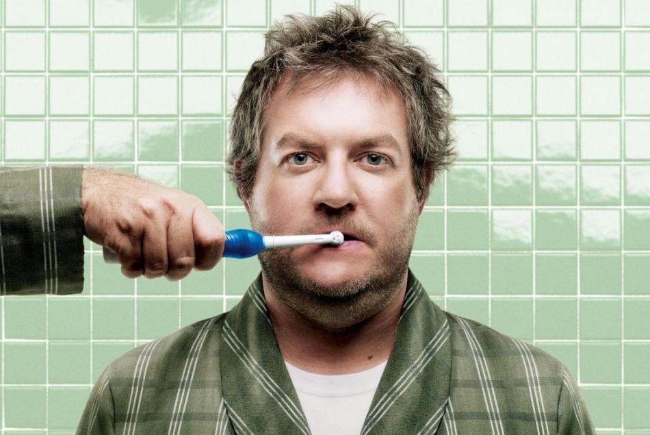 Какие существуют рекомендации для чистки зубов электрощеткой