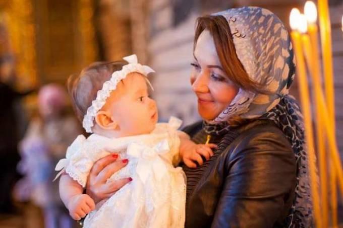 Правила крестин девочки в православной церкви