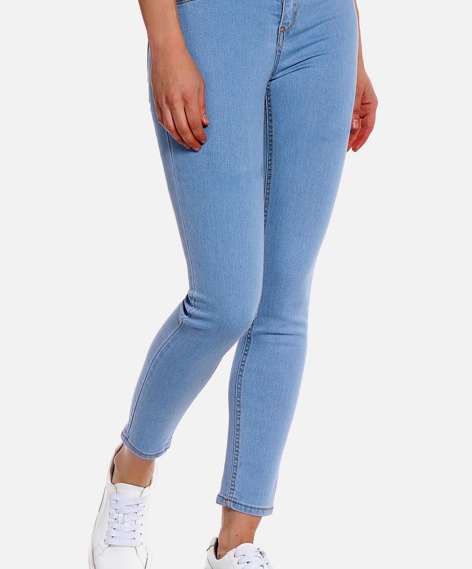 Короткие джинсы можно растянуть