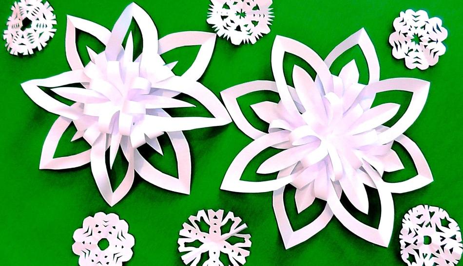 krasivie-obemnie-snezhinki-iz-beloi-bumagi Как вырезать красивые снежинки из бумаги своими руками поэтапно? Как сделать объёмную снежинку оригами?