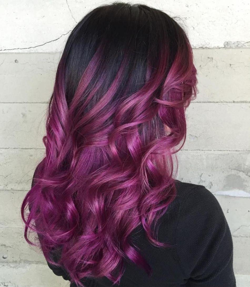 Коричнево-фиолетовый тон локонов