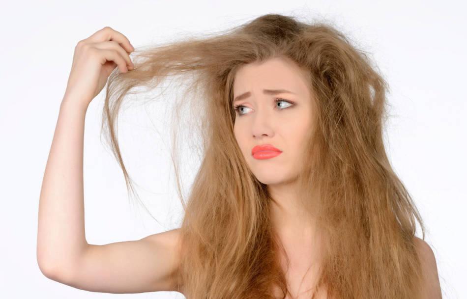 Нехватка витамина влияет на состояние кожи в волос