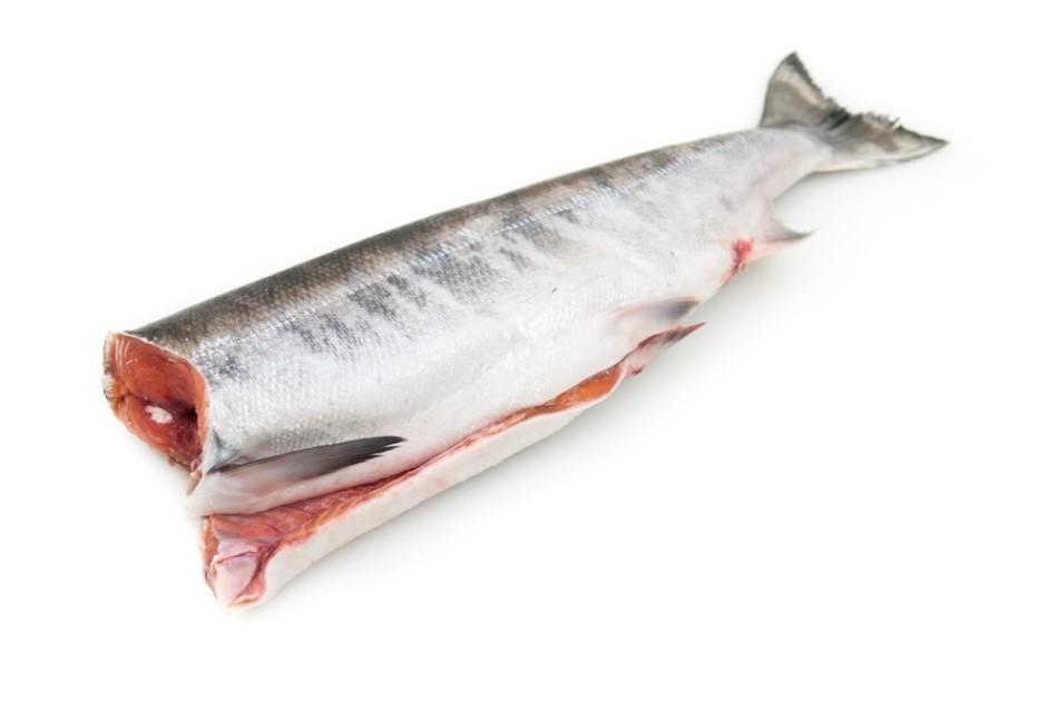 Как солить лосось свежемороженный целиком?