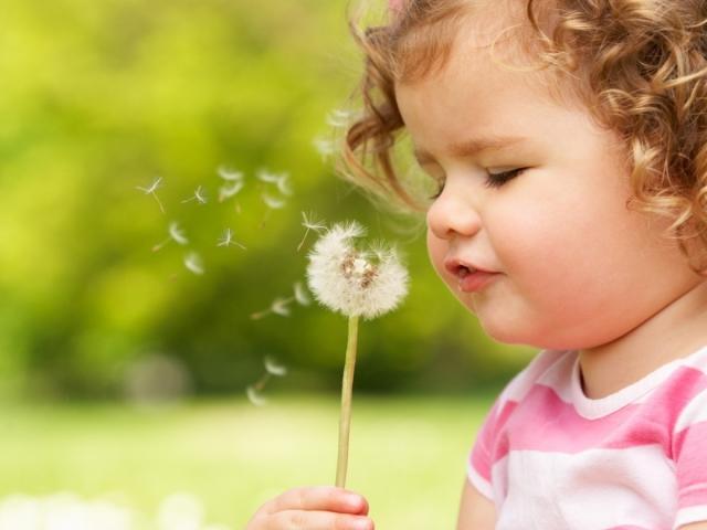 Красивые детские прически на длинные, средние и короткие волосы в домашних условиях: фото. Какую прическу сделать девочке и мальчику на праздник, торжество?