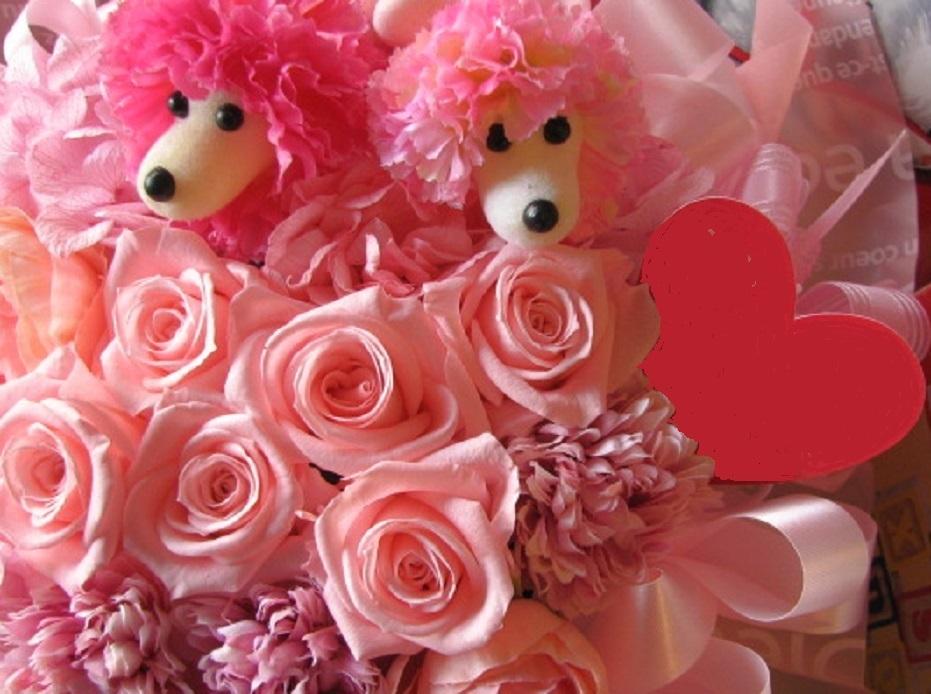 Букет для юбиляров с розами и собаками