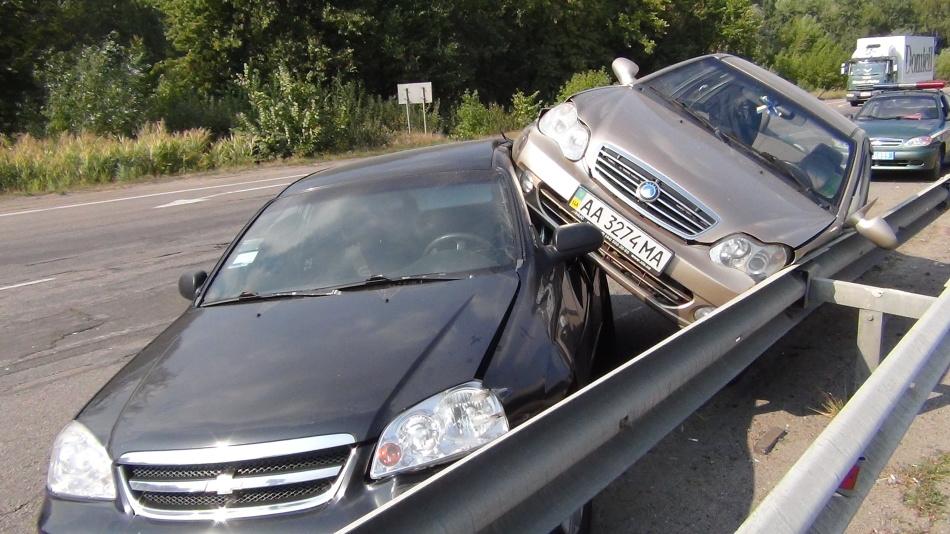 Если приснилась машина, попавшая в аварию без жертв, ждите разочарований в жизни