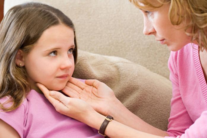 Снять воспаление лимфоузлов также можно с помощью компресса.
