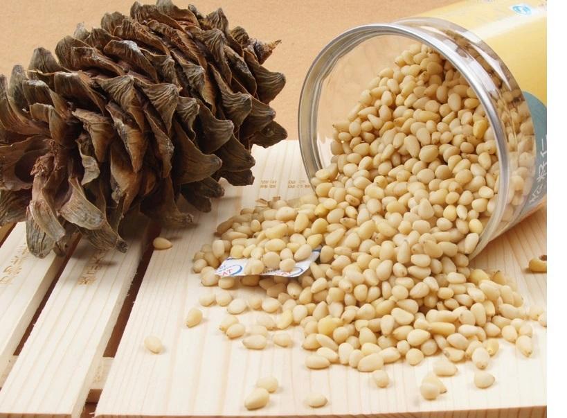 Благодаря богатому витаминному и минеральному составу, кедровые орешки станут отличным продуктом для детского организма