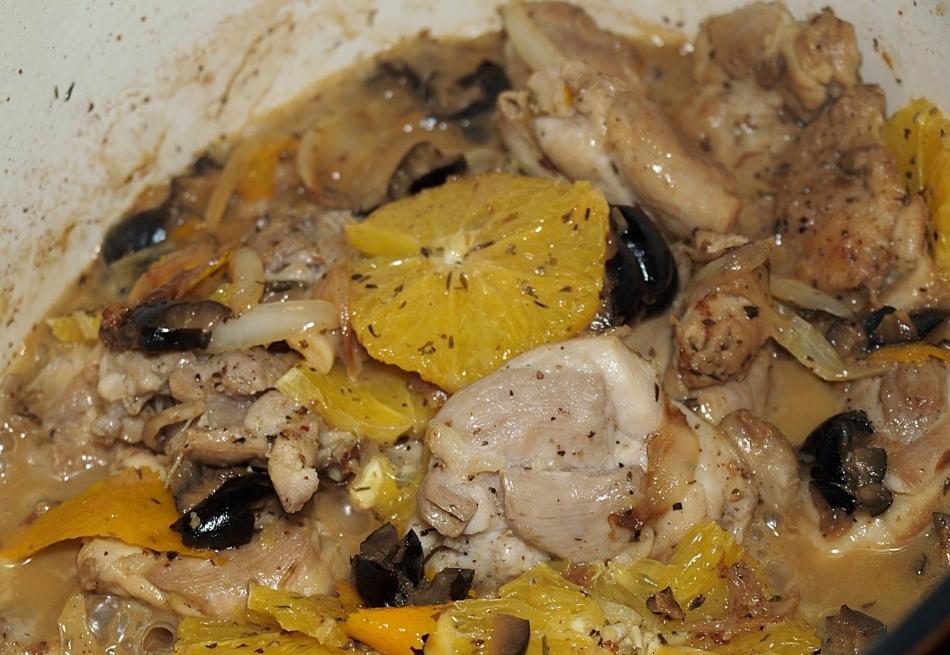 Мясо с вином на сковороде