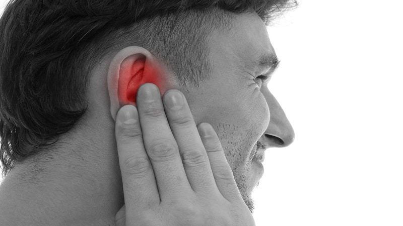 Ушное кровотечение является признаком лопнувшей перепонки