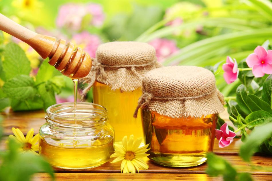 Банки с натуральным медом