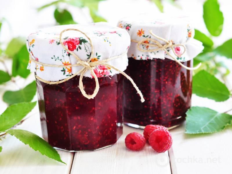 Варенье из малины и вишни поможет противостоять простудным заболеваниям в зимнее время