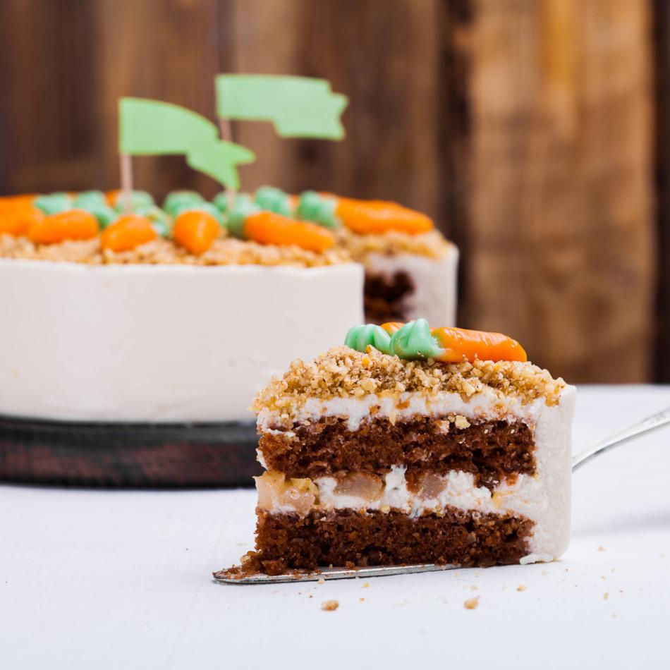Десерт: морковный торт