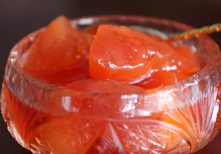 Варенье из яйвы с апельсином будет иметь красивый янтарный цвет