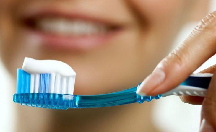 Печь во рту может из-за аллергии на зубную пасту.