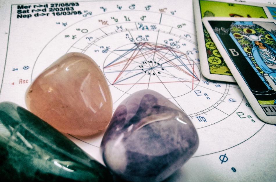 Астрология и карты таро