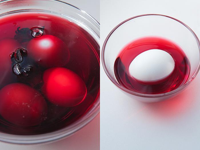 Покрасить яйца с помощью чая возможно