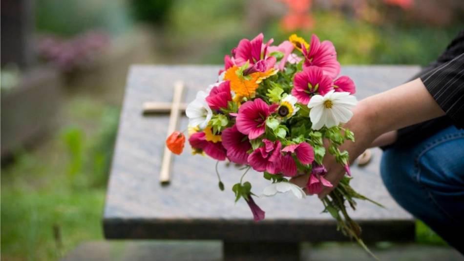 Скромные похороны снятся к удаче
