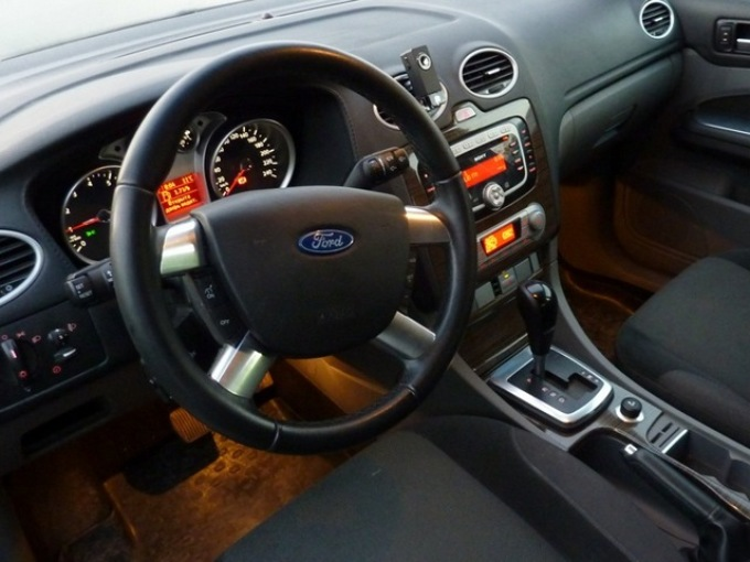 Форд с автоматом