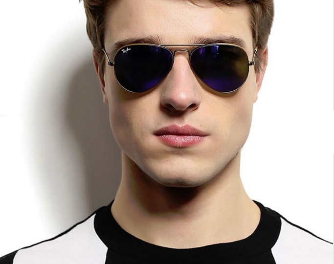 Солнечные очки мужские  обзор модных моделей 2019 года c35145b027735