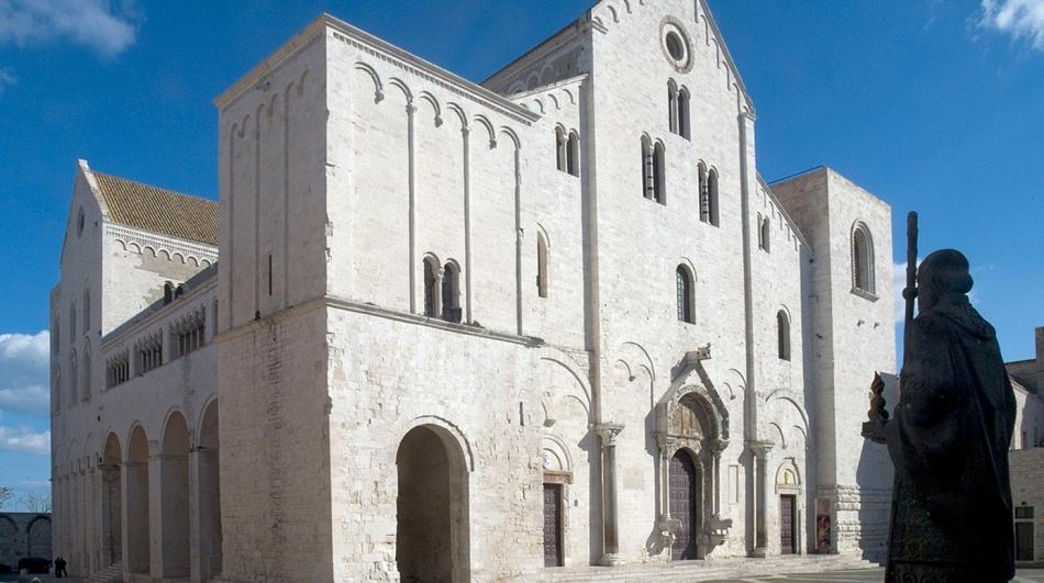 Базилика святого николая в бари, апулия, италия