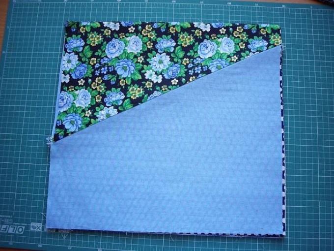 6671334fb9835006050db65f33451be9 Лоскутное шитье: как сшить лоскутное одеяло своими руками? Техники и схемы красивого и легкого шитья лоскутного одеяла