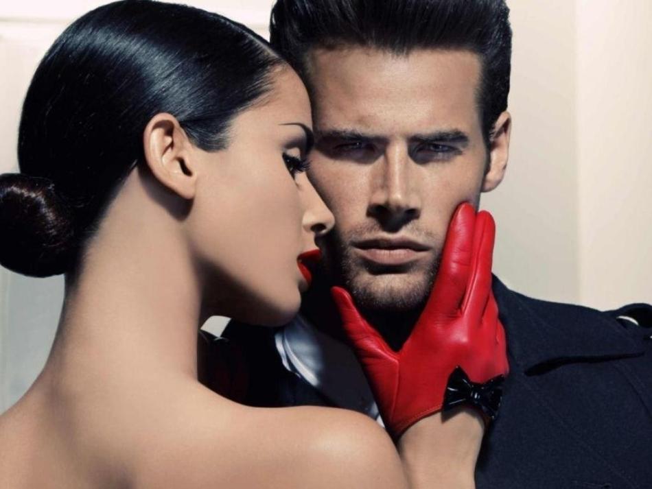 Скорпион-женщина будет в паре с мужчиной-рыбой играть главенствующую роль.